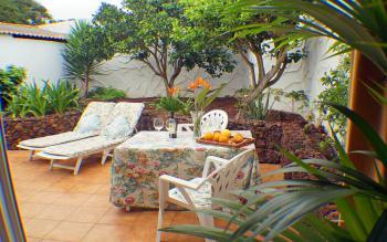 Private Ferienwohnung mit geschützter Terrasse