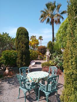 Garten und Sitzplatz