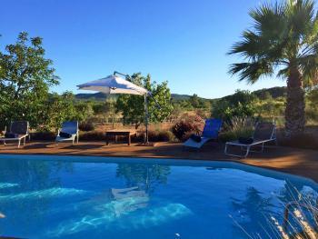 Finca mit Pool für 6 Erwachsene und 2 Kinder