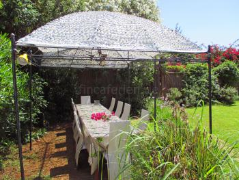 und tollem Garten in Santa Eulalia