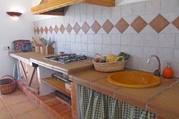 Küche mit Gasherd - oben