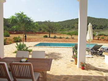 Ibiza Finca mit Pool in ruhiger Lage