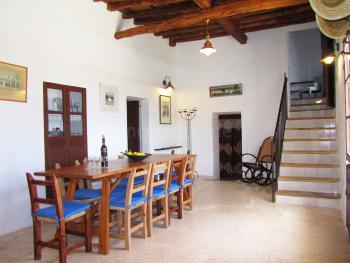 Eingangsbereich mit Esstisch