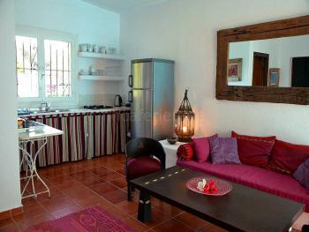 Wohnzimmer mit Küchenzeile - Gästehaus