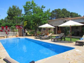 Private Finca mit Pool und Klimaanlage